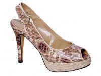 Вещь 90902 Эконика.  Женская обувь Alla Pugachova в Эконике.